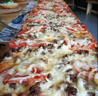 Pizza del Último chigrero Roces