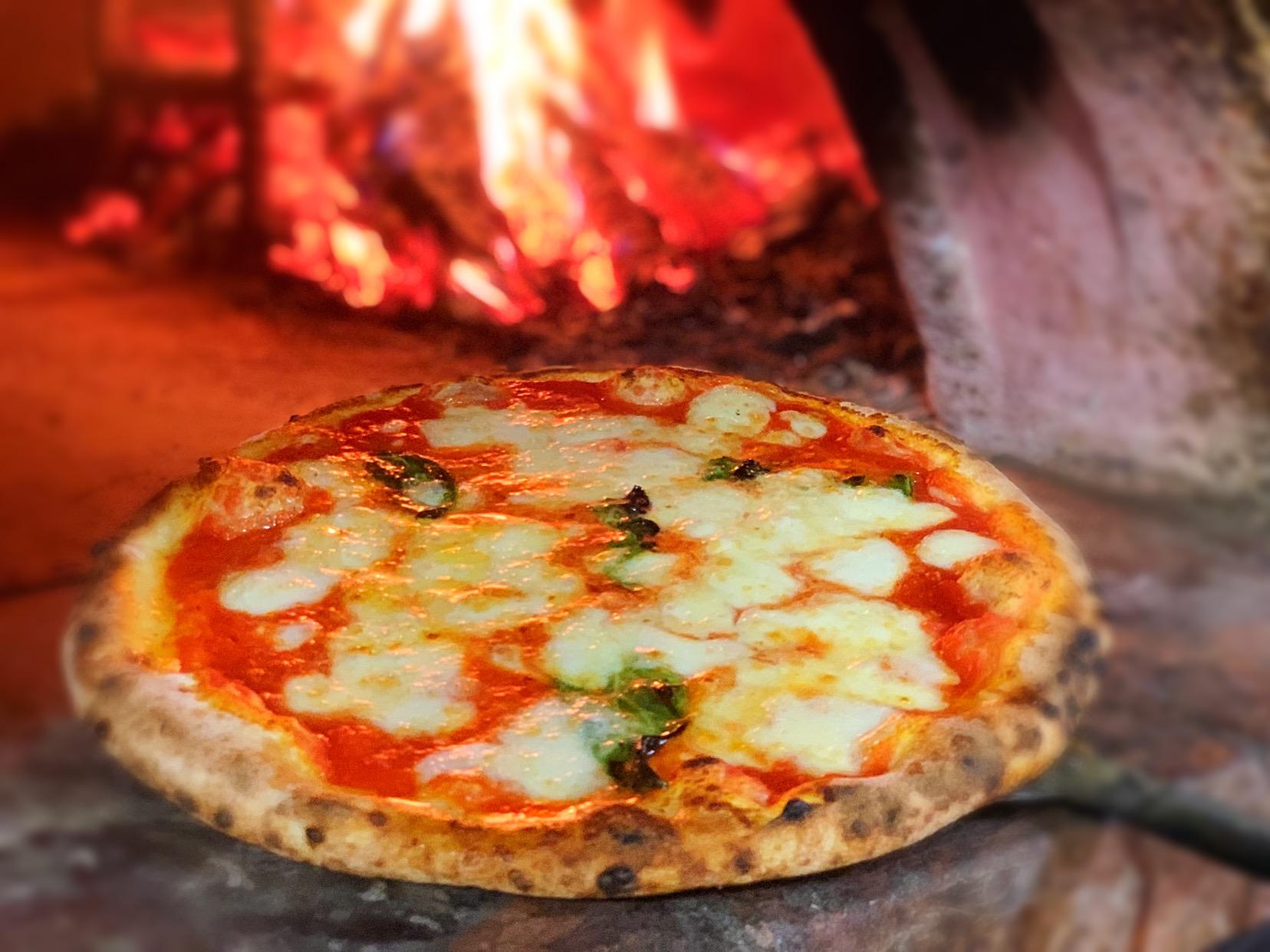 Pizza de Pizzeria Vesuvio